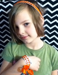 Pop tab ribbon head-band and bracelet set $15 + $2.07 shipping pick any color you want!